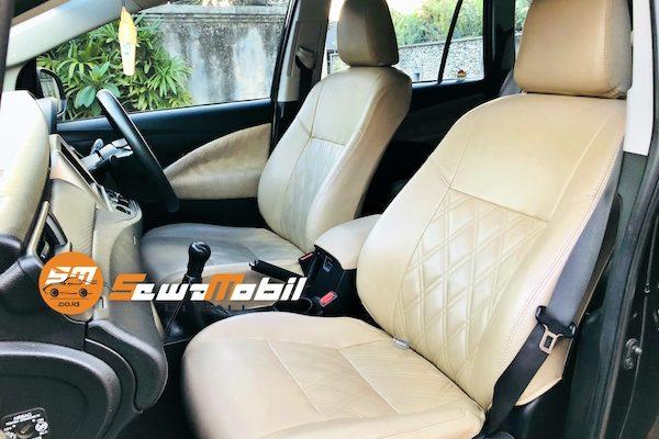 Sewa Mobil Innova Reborn di Bali